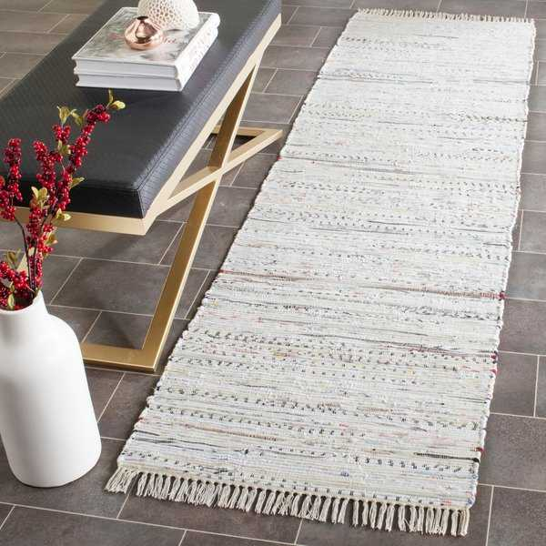 Safavieh Hand-woven Rag Rug White Cotton Rug - 2'3' x 8'